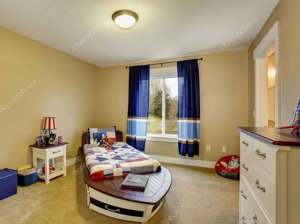 Jongens slaapkamer met matroos thema — Stockfoto © iriana88w #79173010