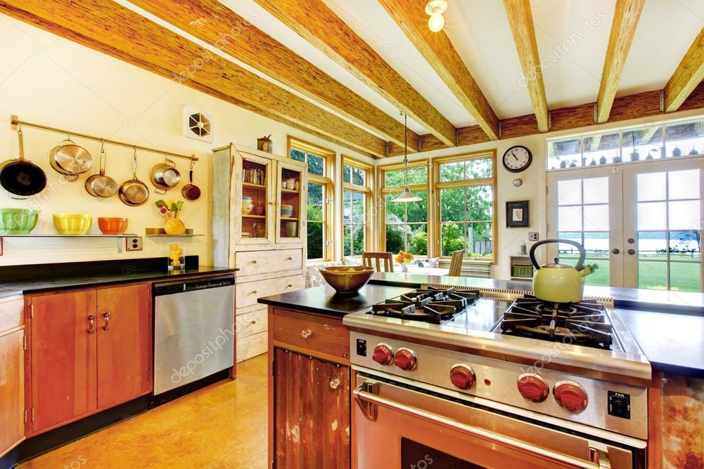 Creatieve Interieur Inrichting : Vintage stijl keuken met creatieve interieur u stockfoto