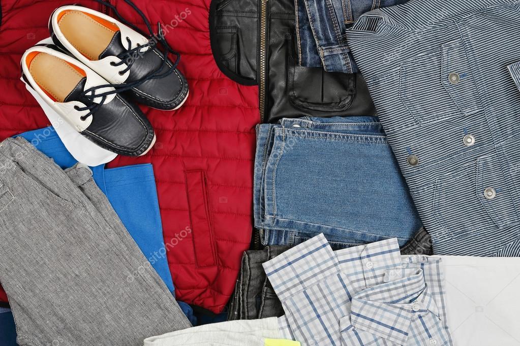 39427c2fc5 αγορίστικα ρούχα — Φωτογραφία Αρχείου © costasz  67848205