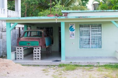 Cuba Image- Peugeot 404 Body Kept at a House.jpg