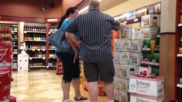 Kr. e. alkoholüzlet belül vásárlók