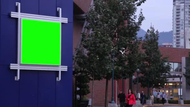 zelený billboard reklamy mimo coquitlam nákupního centra