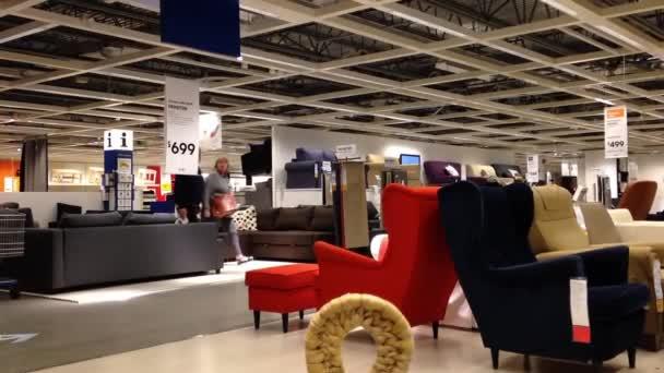 Merveilleux People Shopping Their Furniture Inside Ikea Store U2014 Stock Video