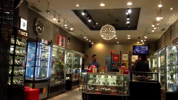 Jedna strana obchod hodiny a hodinky