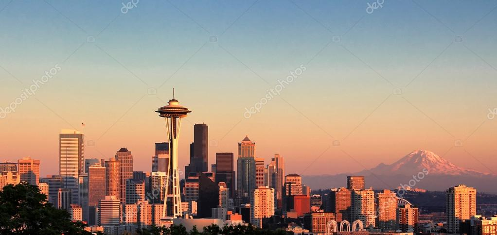Sunset over the city of Seattle Washington during a nice summer