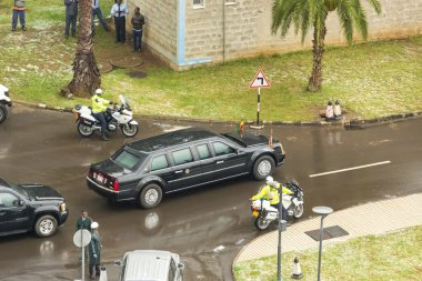 President Barak Obama leaves the African Union Commission in his