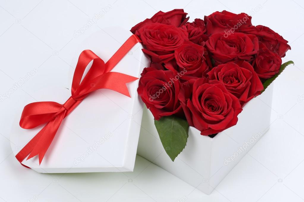 Contenitore Di Regalo Con Le Rose Per I Regali Di Compleanno San