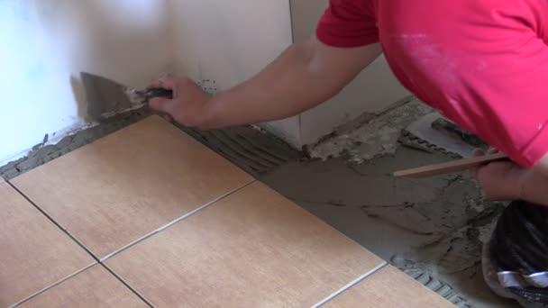Profesionální práce na doma interiérové dlažby