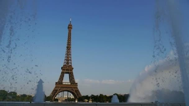 fountains at the eiffel tower, paris