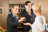 Recepce - hodnocení kontroly v hotelu