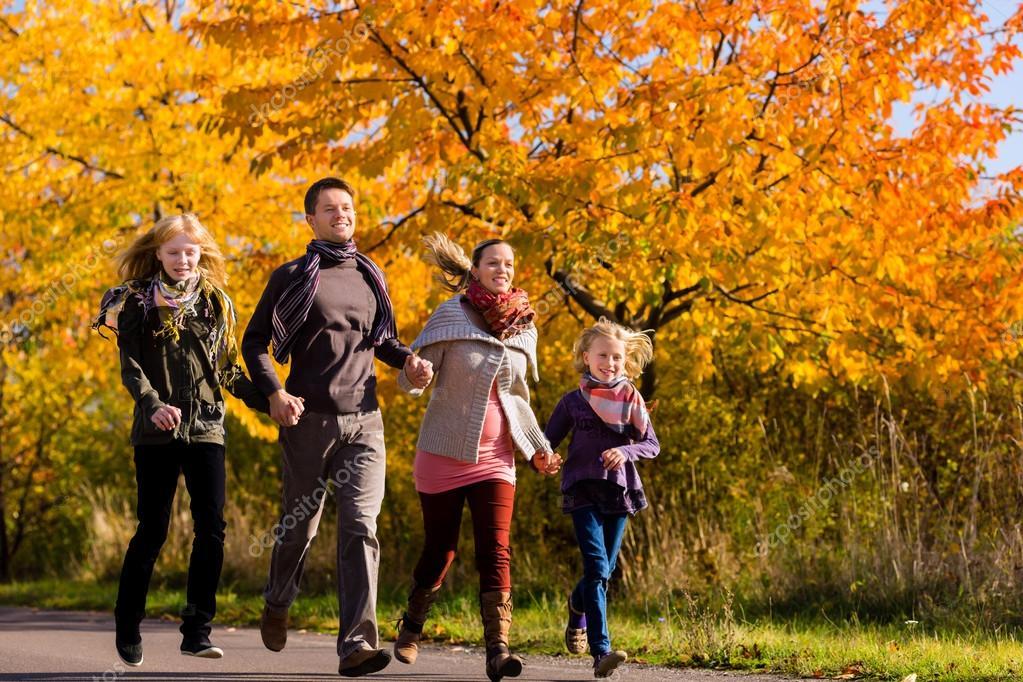 прогулка семьи картинки вязаные спицами