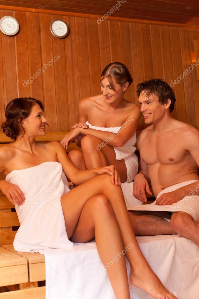 onlayn-vse-gruppovushki-v-saune-smotret-onlayn