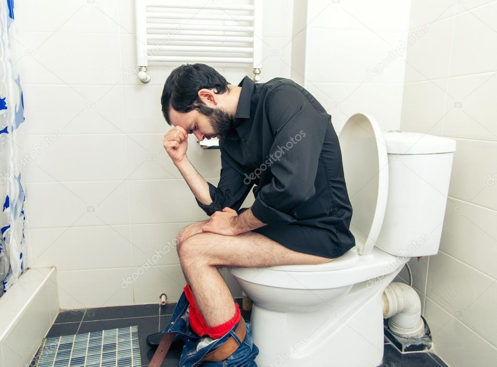 Мужик В Туалете