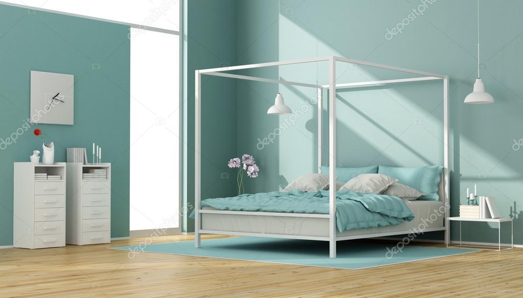 Camere Da Letto Con Letto A Baldacchino : Blu e bianco camera da letto con letto a baldacchino u foto stock