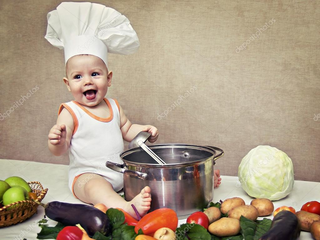 33b9826a5c6 little baby in a chef s hat and ladle in hand — Stock Photo © Plus69 ...