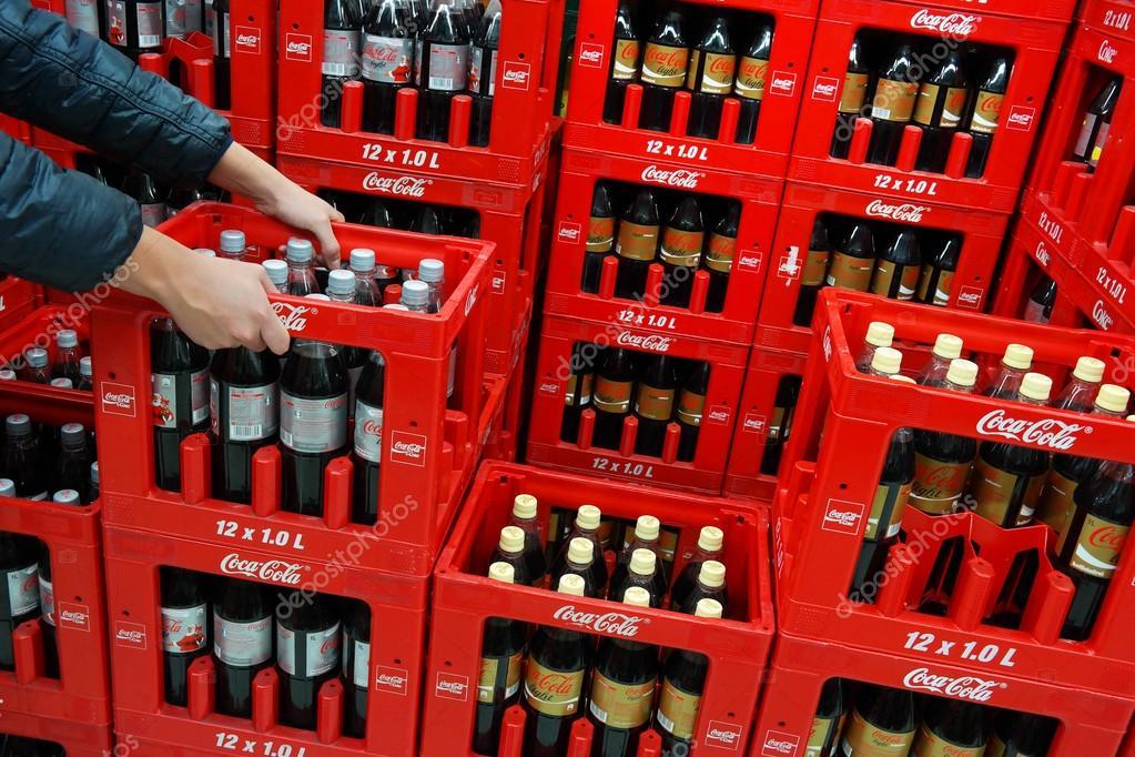 Coca Cola Kratten Redactionele Stockfoto 169 Defotoberg