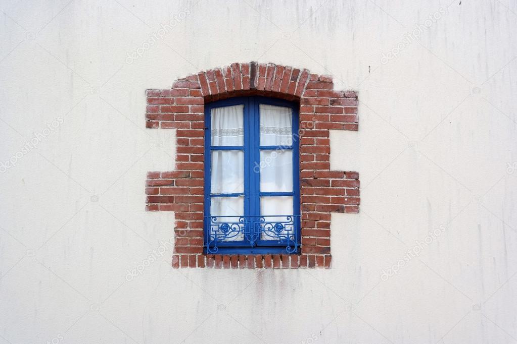 ventana — Foto de stock © defotoberg #57719787