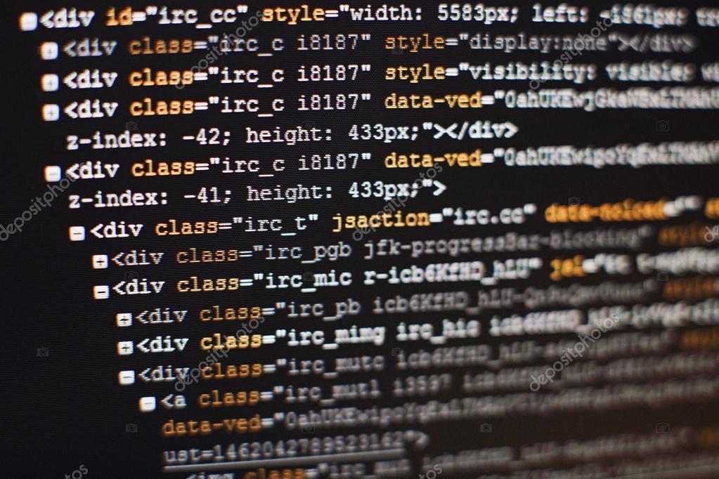 Uniquement pour les geeks de service sur Brezoland !!!!! Depositphotos_109263342-stock-photo-software-developer-programming-code-abstract