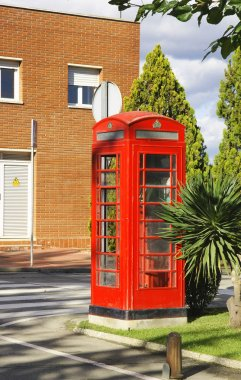 English style phone booth