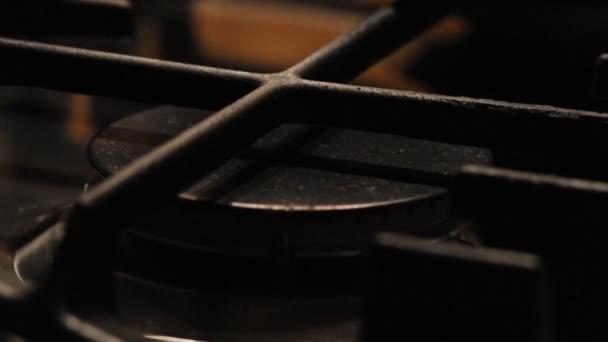 plynná z kuchyň plynový sporák