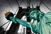 Fotografie Liberty Statue and Brooklyn bridge New York