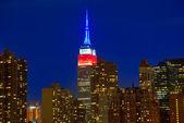 Západ slunce panorama Manhattanu v New Yorku z východu