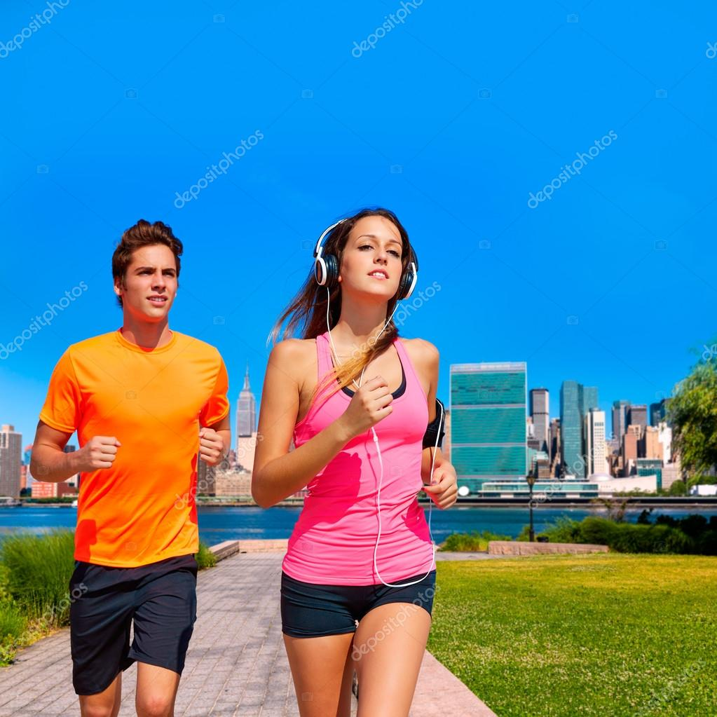 Couple running in New York photo mount