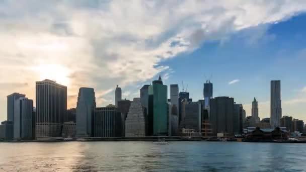 Noční pokles timelapse Manhattanu v New York - Usa