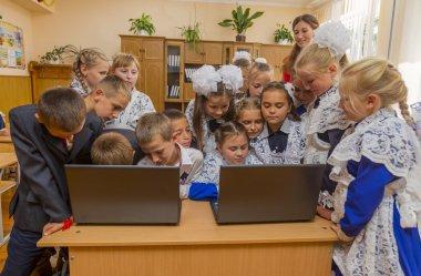 pupils per computer