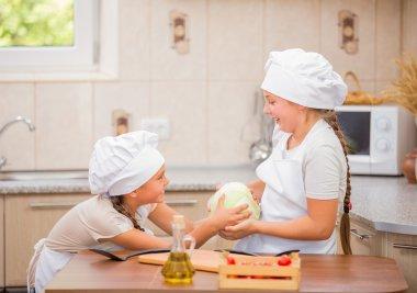 two women chefs