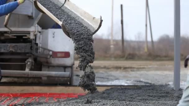 macchina drena cemento liquido