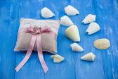 Beige-pink wedding rings
