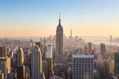 Panorama New Yorku Manhattanu v západu slunce.