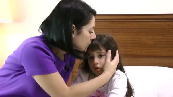 Žena dítě kontroly teploty