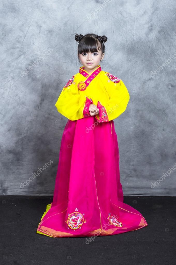 ropa de niña asiática tradicional coreano vestidos — Fotos de Stock ...