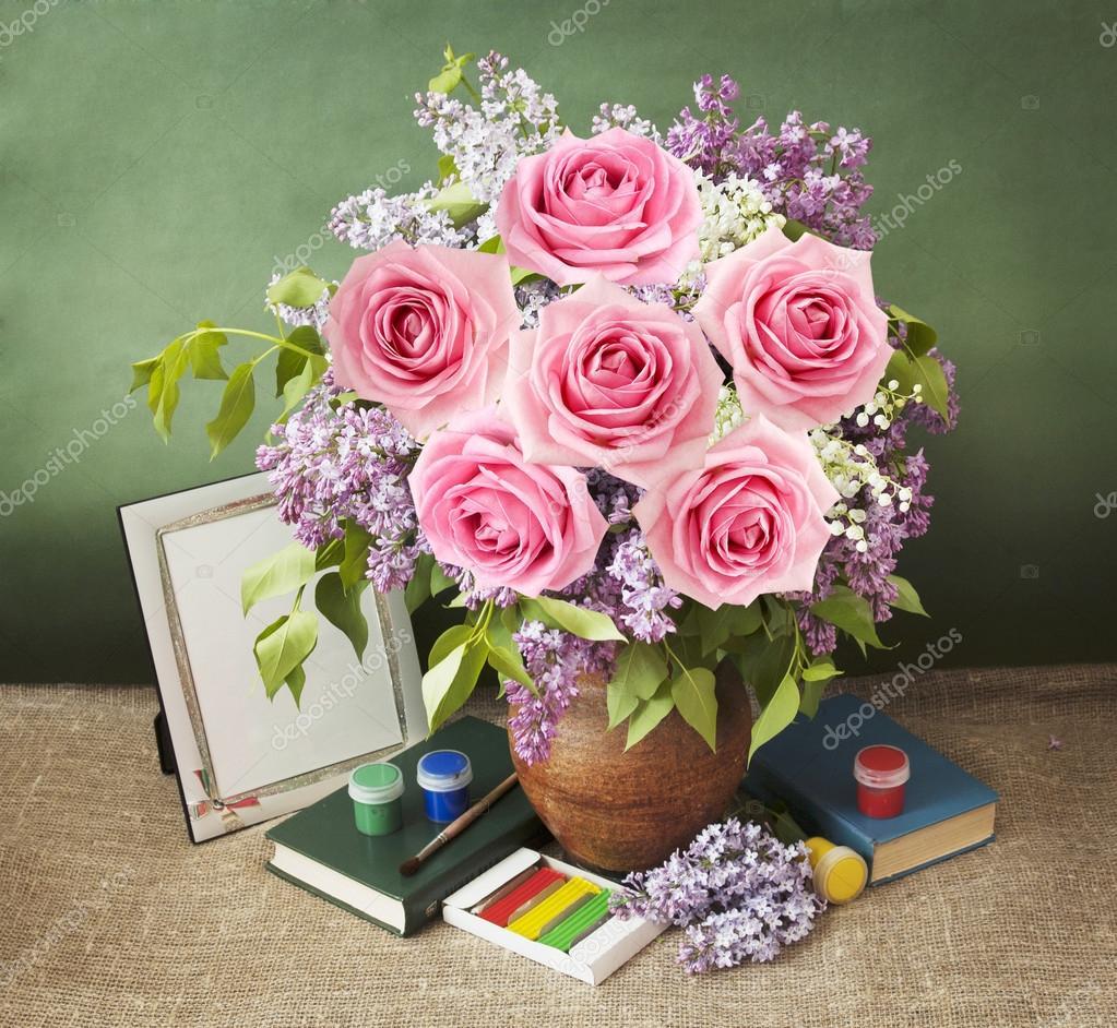 Lila Ve Gül çiçek Grup Kitap Ve Sanatsal Arka Plan Boyama Ile