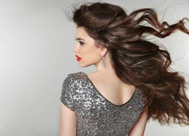 Hair. Beautiful Brunette Girl. Healthy Long Hair. Beauty Model W