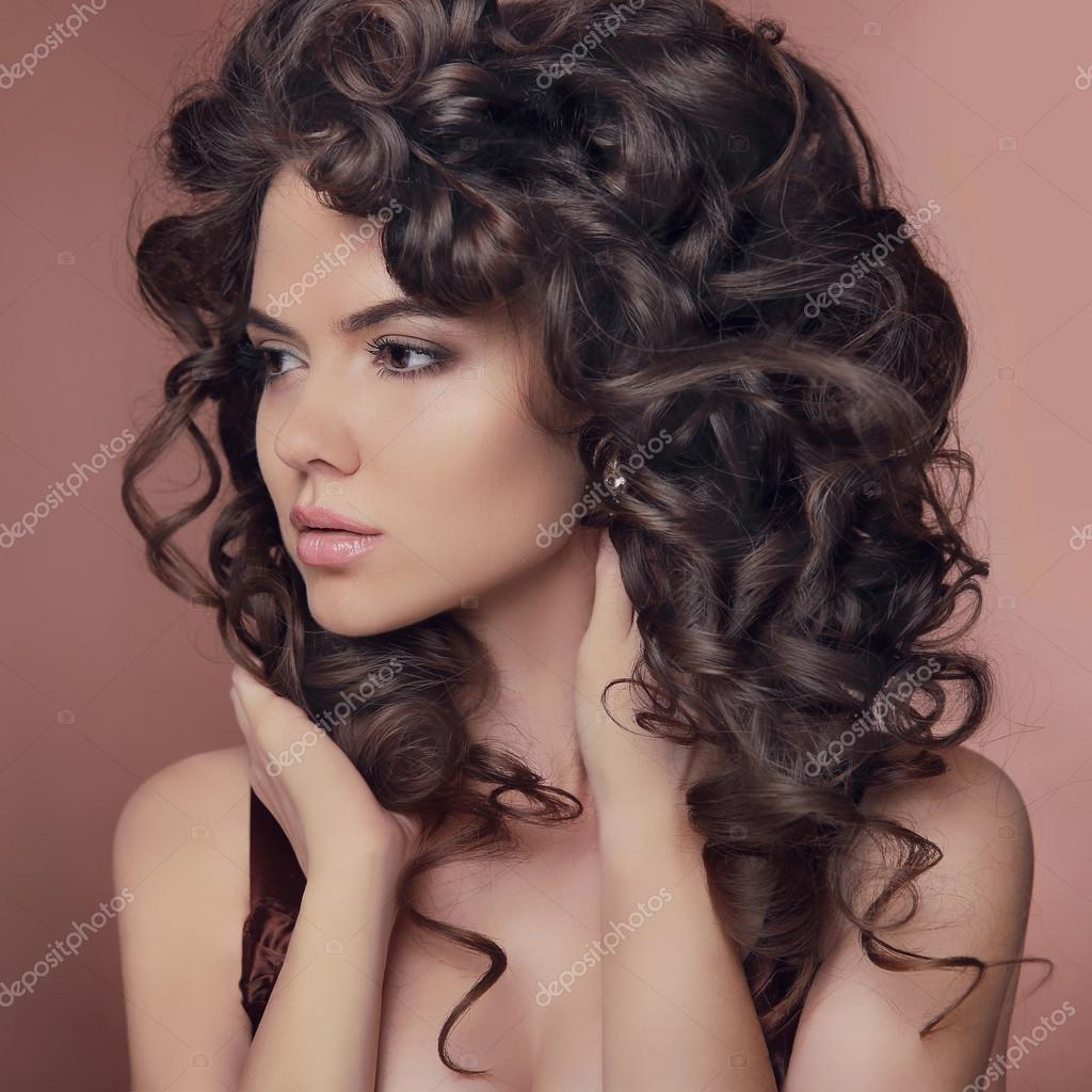 Zdrowe Włosy Kręcone Fryzury Brunetka Dziewczynka Modelu