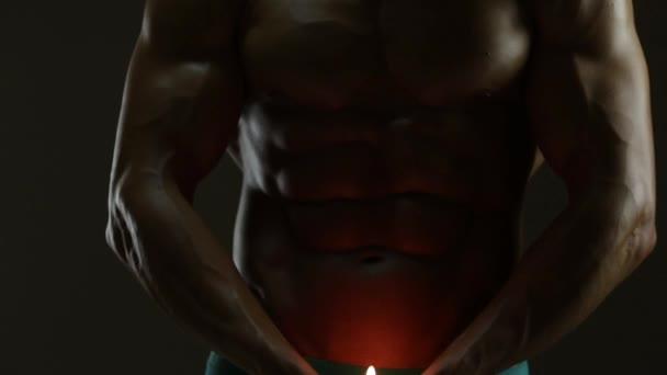 Tělo a svíčka
