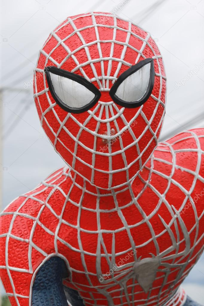 Images Spiderman Face Spiderman Statue Face Closeup Stock Editorial Photo C Ngarare 122596590