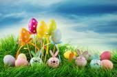 barevné velikonoční vajíčka