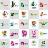 Kolekce barevné abstraktní origami loga