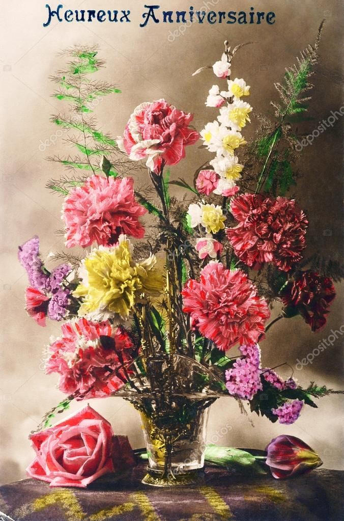 Top Vecchia cartolina con un mazzo di fiori per un compleanno felice  BR37