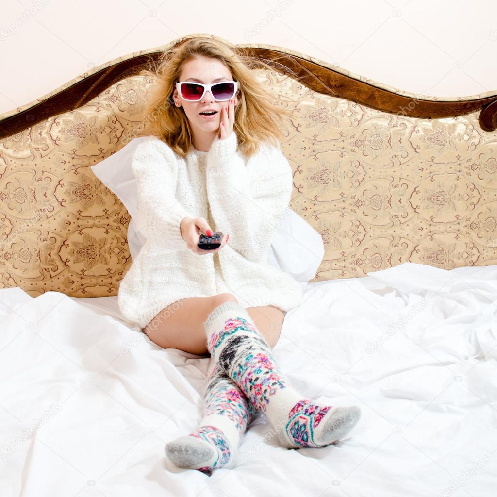 Девушки в пижаме и в постели