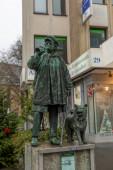 Bochum - 12. Dezember 2020: Kuhhirten-Statue in der Bochumer Innenstadt erinnert an den letzten Kuhhirten Fritz Kortebusch.