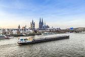 Fotografie Sonnenaufgang in Köln mit Kuppel und Fluss Rhein