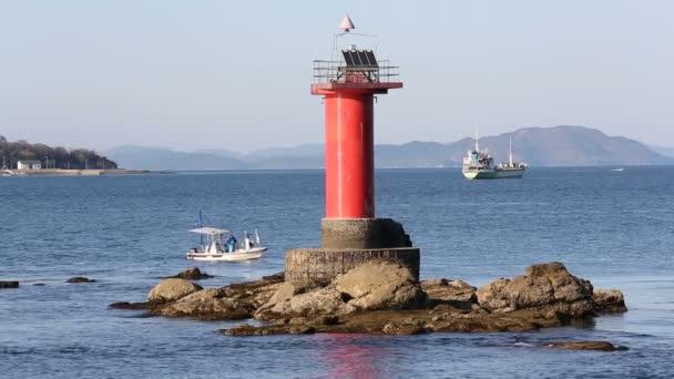 világítótorony, horgászcsónak