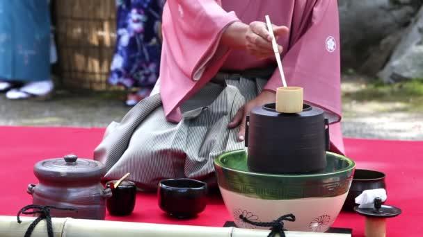 japonský zelený čaj obřad