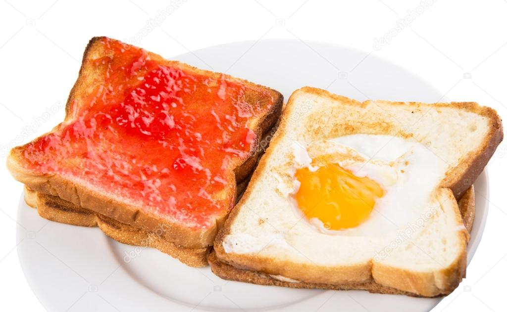 Bread Toast With Fried Egg And Strawberry Jam — Stock Photo