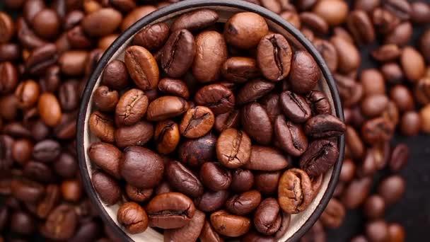 Kávová zrna dokonale otočit na gramofonu.